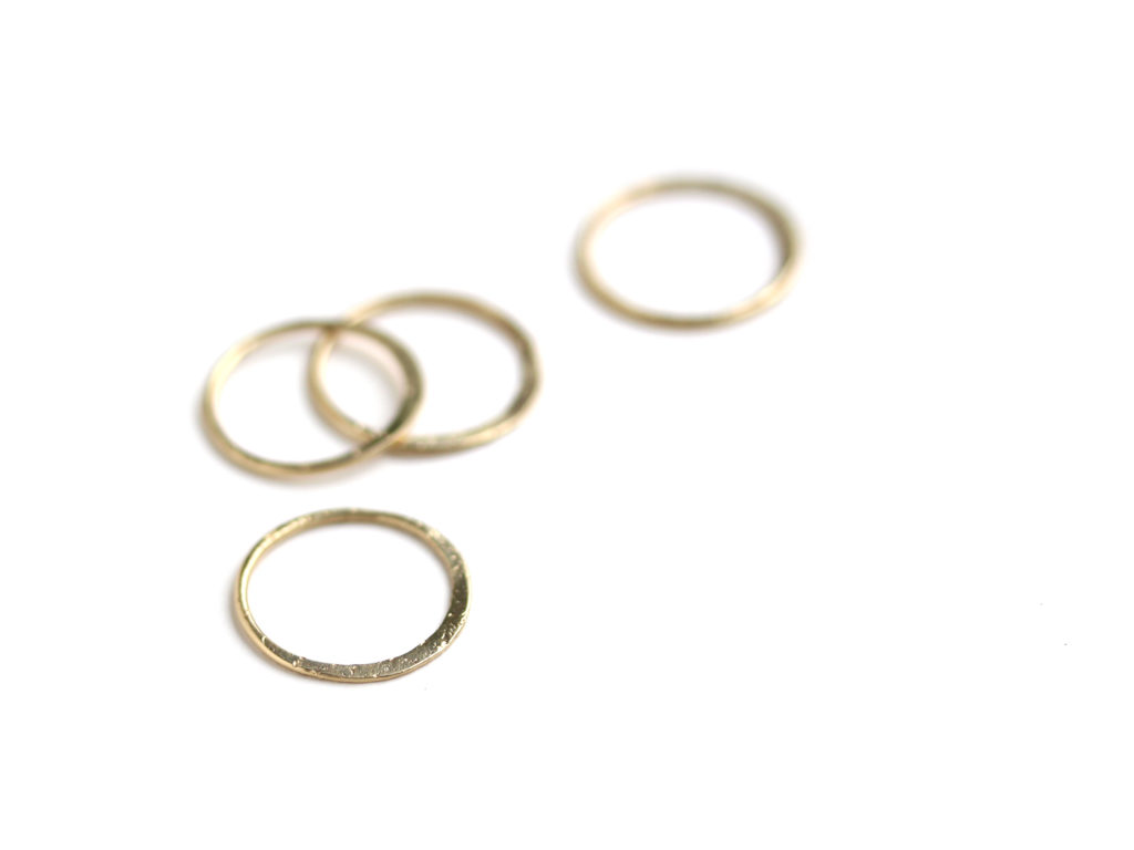 Hammered Gold Ring : archive