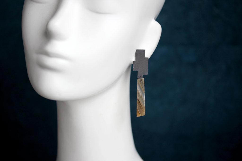 Agate Earrings : archives